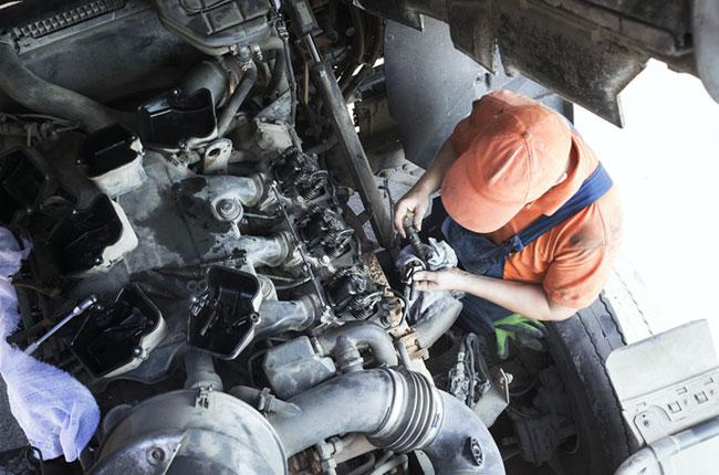 Fixing Diesel Engine